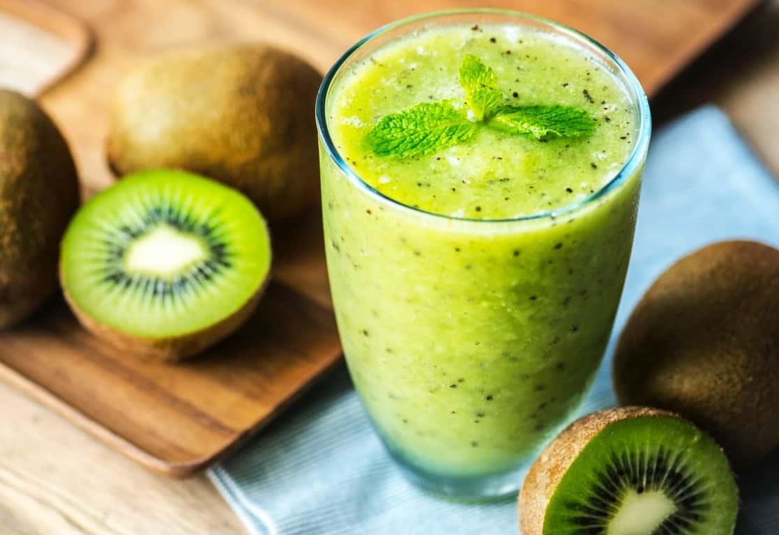 kiwi smoothies in a glass