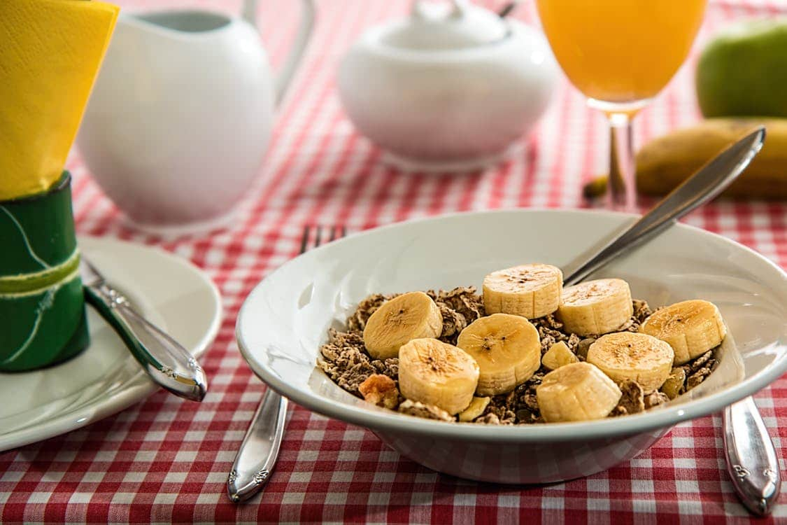 banana oatmeal is one of the most delicious 21 day fix recipes