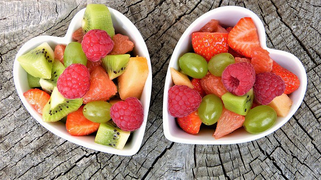 fruits in bowls